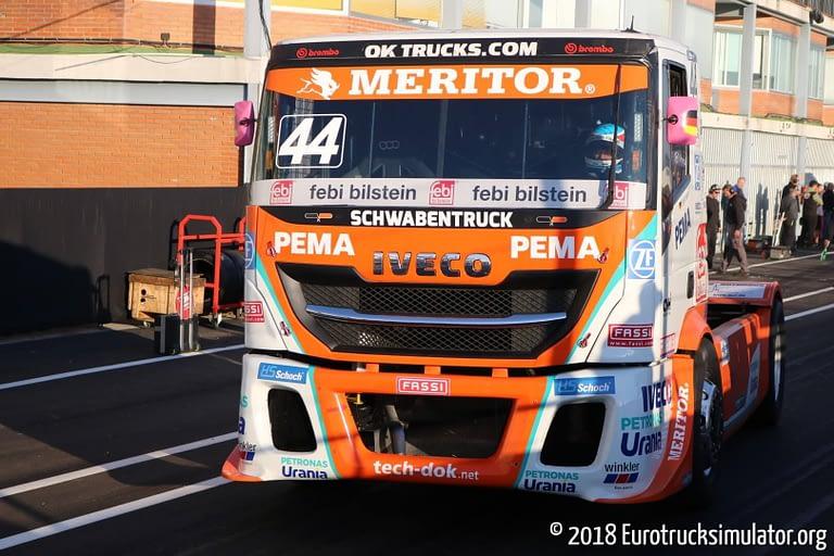 fia etrc jarama 2018 pit lane schwabentruck racing iveco stralis steffi halm